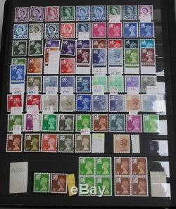 Großbritannien postfrischer Bestand im Einsteckbuch, viele Freimarken, hoher Kat