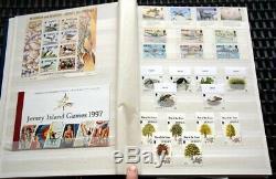JERSEY Komplett postfrisch bis 1999 mit Zugaben wie Markenheftchen etc